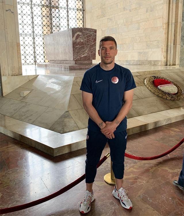 Adamsın Lukas Podolski