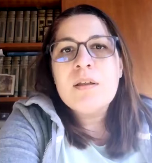 İtalya'daki Türk akademisyen Türklere adeta yalvardı