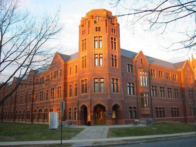 3.Yale Üniversitesi