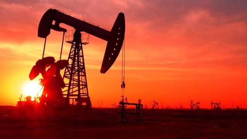 Petrol fiyatlarının düşmesi Orta Doğu ekonomisini vurdu