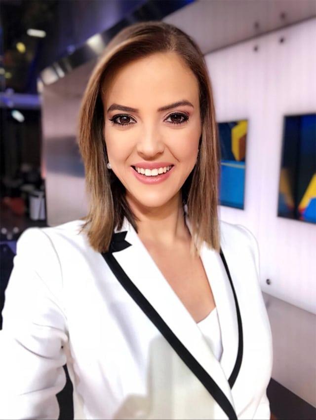 Sunucu Simge Fıstıkoğlu NTV'den ayrıldığını duyurdu