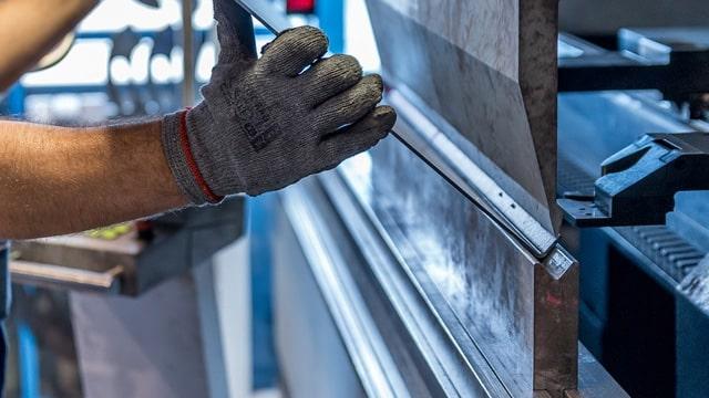 TÜİK sanayi üretiminin yüzde 31.4 azaldığını açıkladı