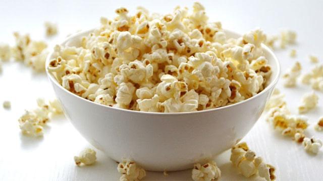 Patlamış mısır kilo aldırır mı? Popcorn zararlı mı?
