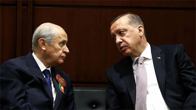 """Erdoğan ve Bahçeli'ye ŞOK! Türkiye """"Parlamenter Sisteme dönelim"""" diyor!"""