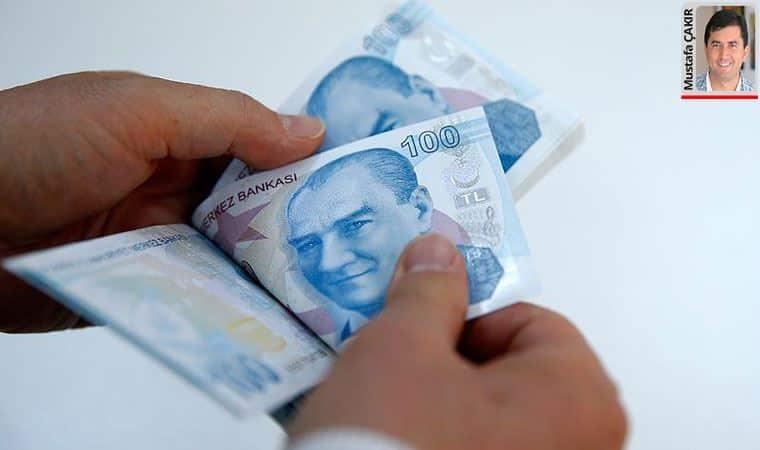 Asgari ücret ile en düşük memur maaşı arasında 1305 lira fark olduğunu ortaya çıktı